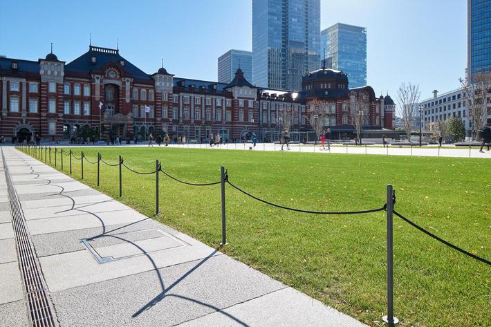 丸の内中央広場