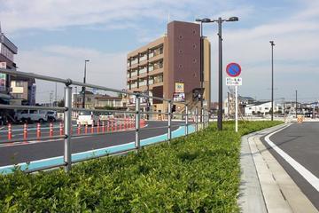 蓮田駅西口駅前広場