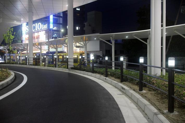JR茨木駅東口駅前広場