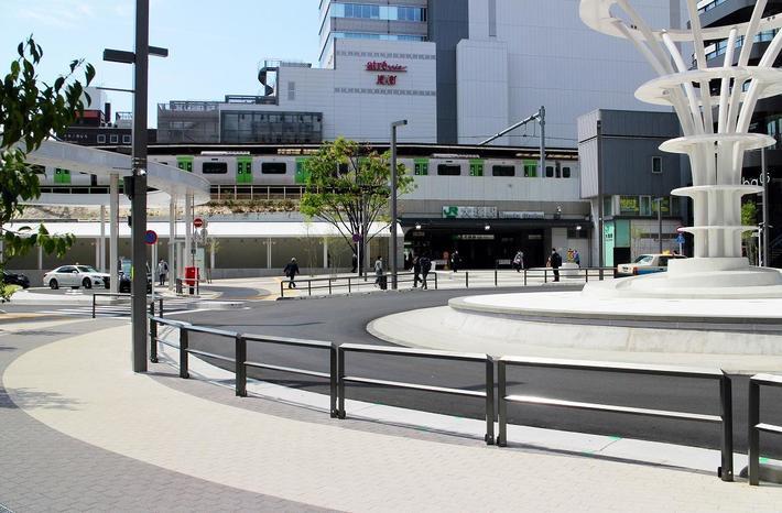JR大塚駅北口駅前広場